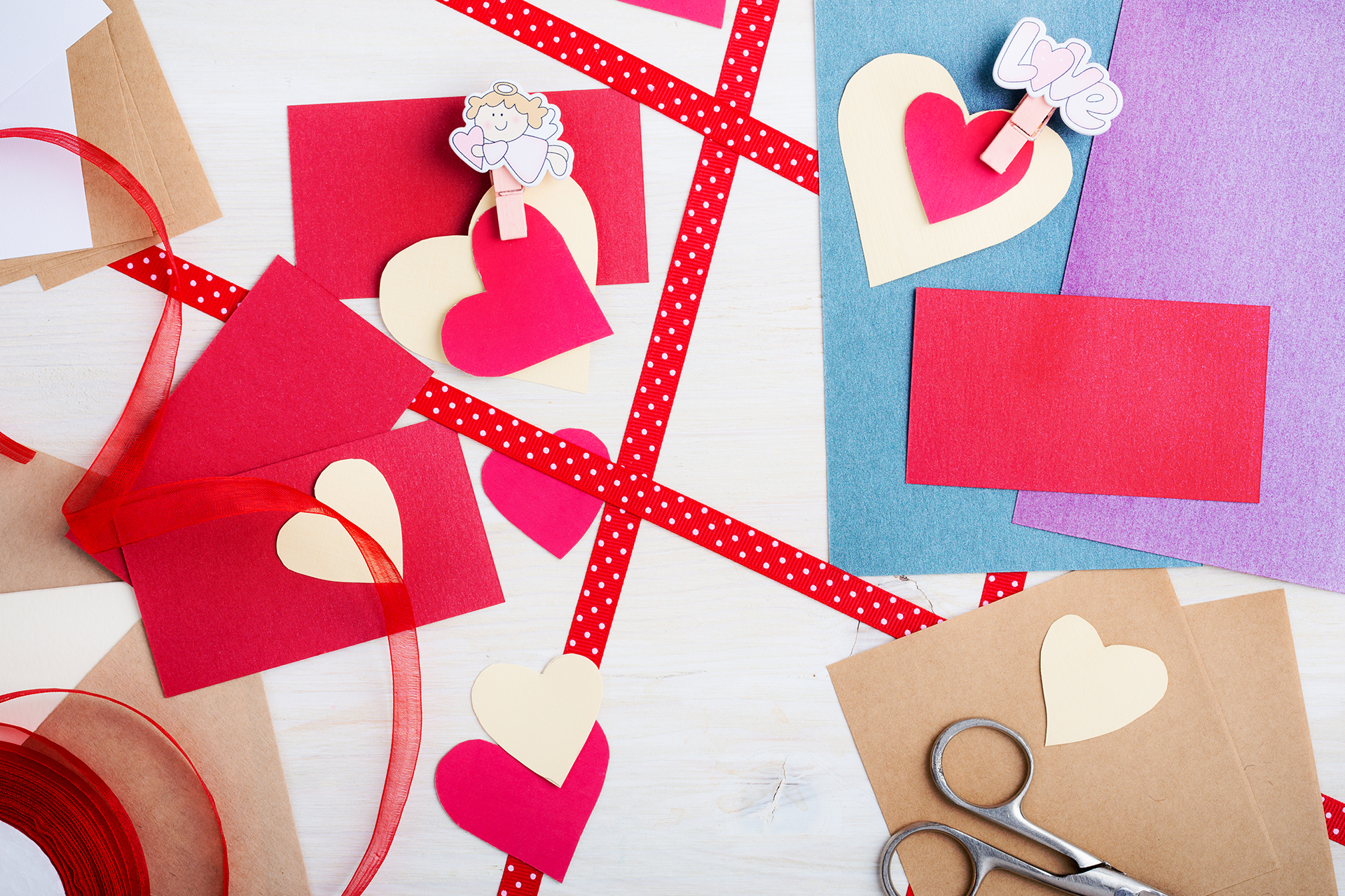 Show Some Love With These Sweet Valentine's Day Crafts