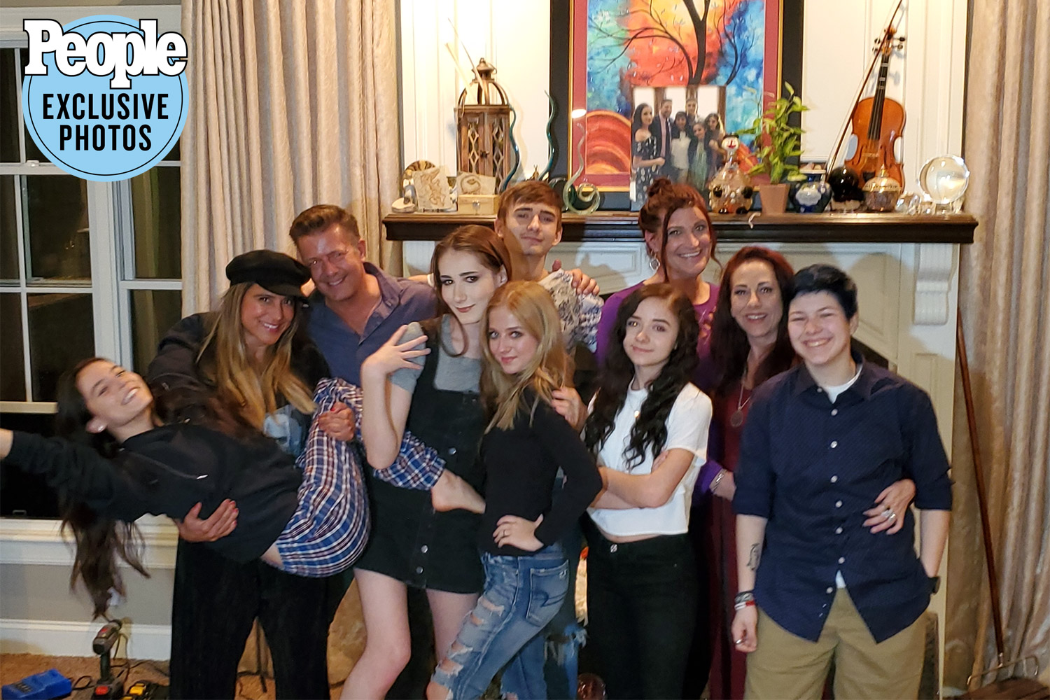 Jackie and Juliet Evancho with family