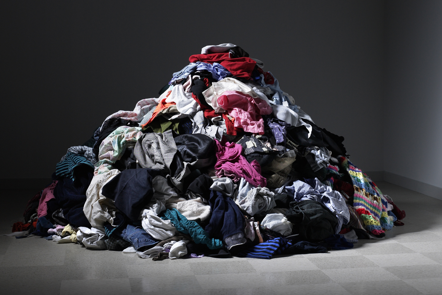 Ditch Responsibly! How to Get Rid of, Donate or Sell Anything in Your House the Right Way