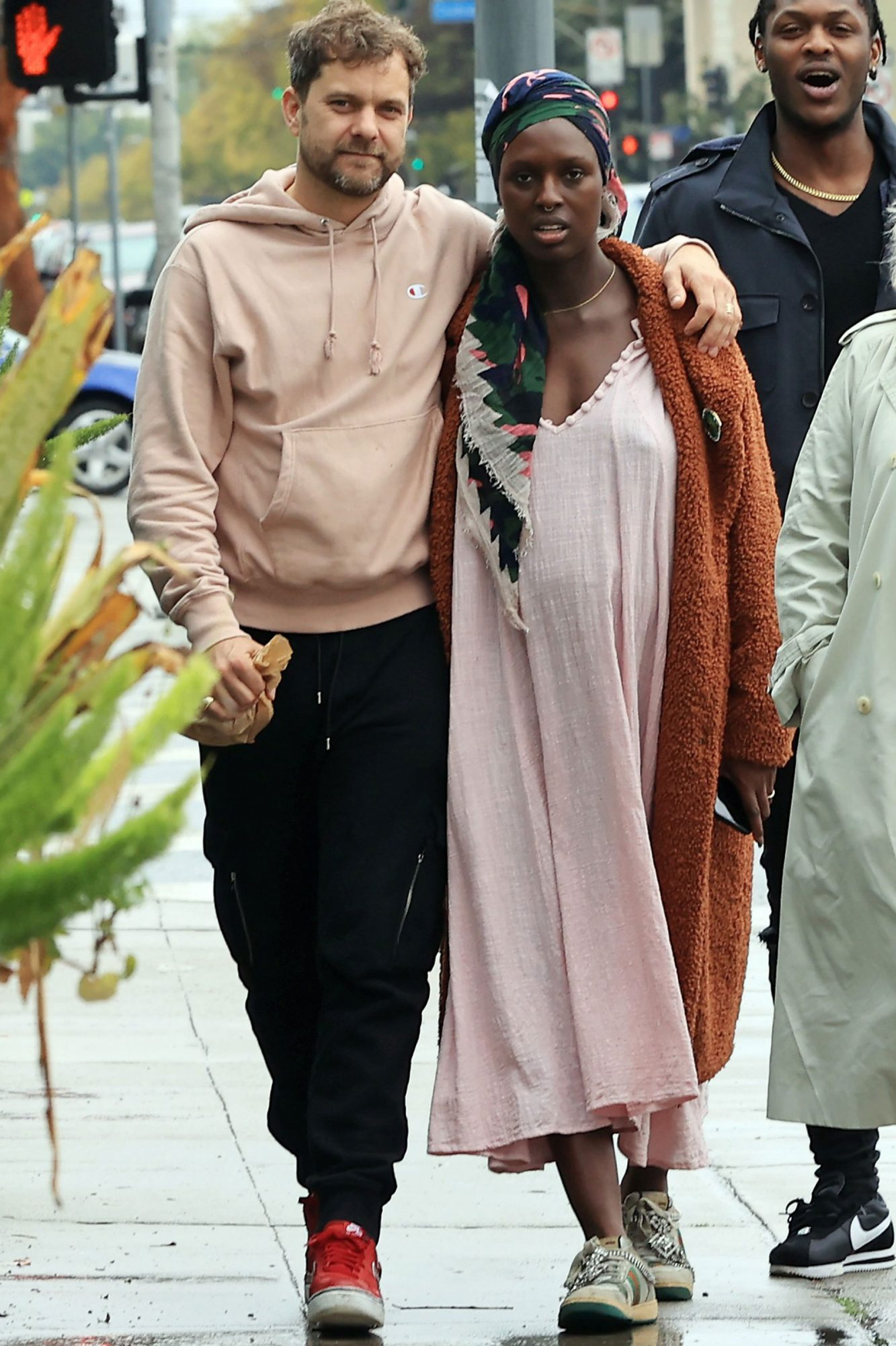 EXCLUSIVE: Joshua Jackson and Pregnant Jodie Turner Smith ignore social distancing