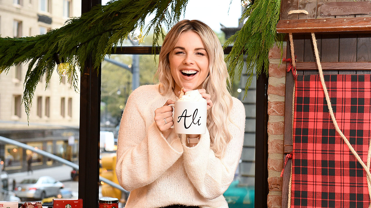 Former 'Bachelorette' Ali Fedotowsky 'Can't Imagine' What Michelle Money is Going Through