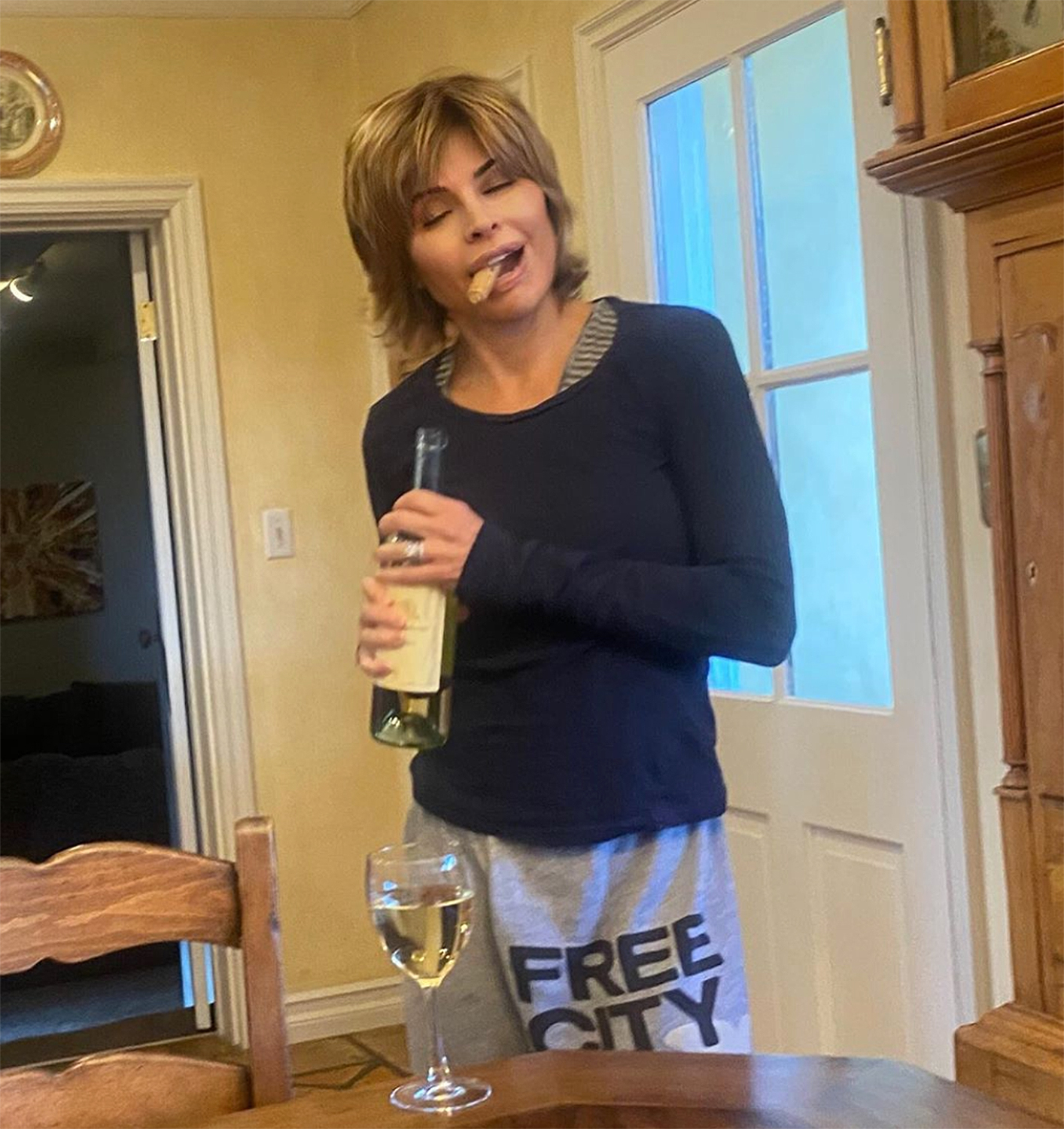 celebs at home Lisa Rinna