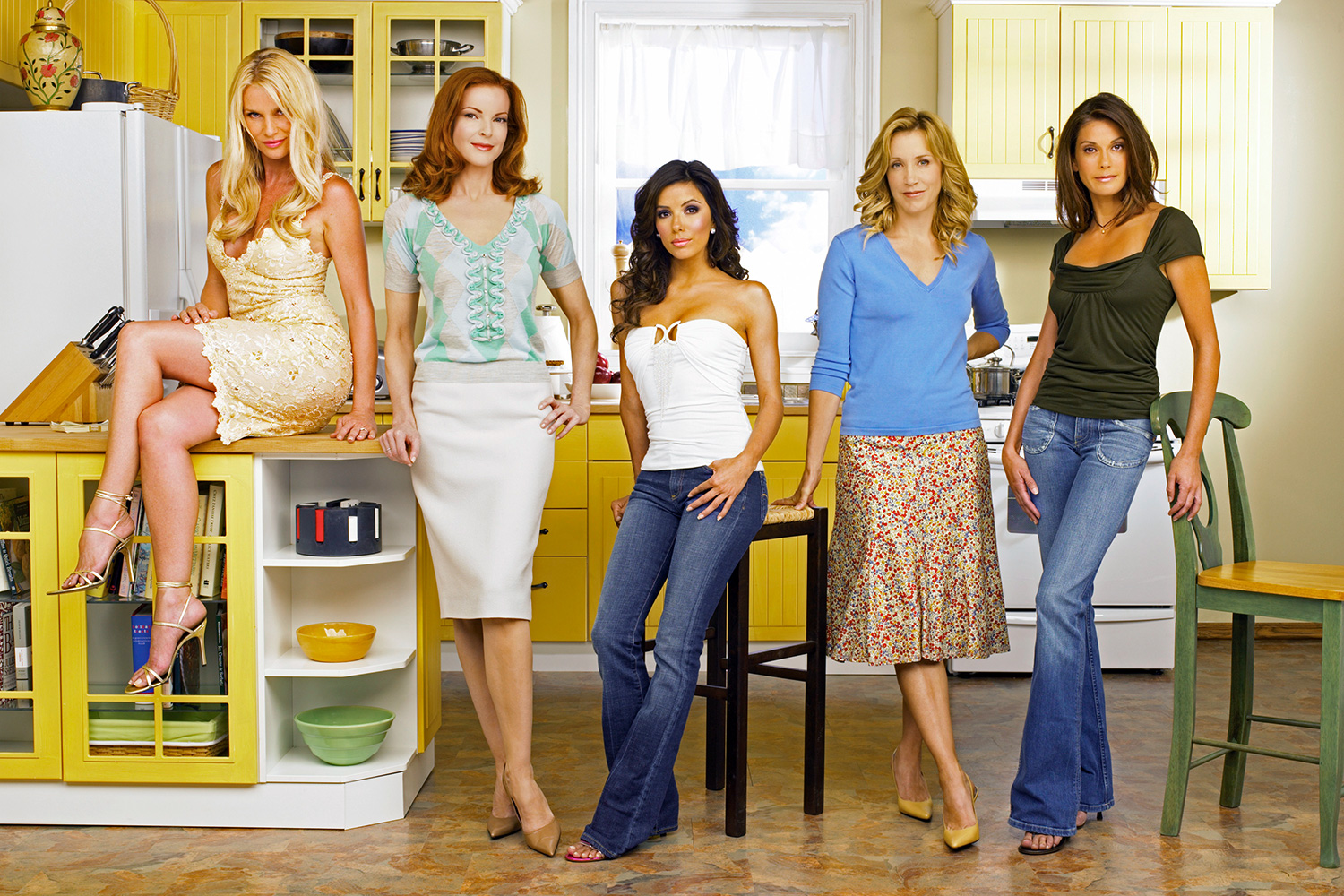 "DESPERATE HOUSEWIVES - ""Desperate Housewives"" stars Nicollette Sheridan as Edie Britt, Marcia Cross as Bree Van De Kamp, Eva Longoria as Gabrielle Solis, Felicity Huffman as Lynette Scavo and Teri Hatcher as Susan Mayer"