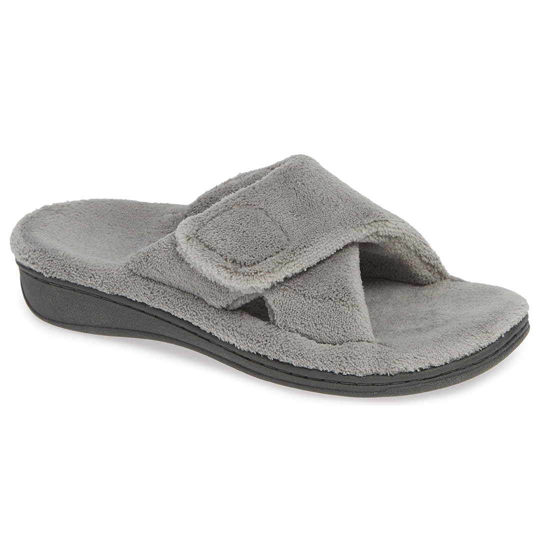 These Comfortable, Supportive Slippers Are Great to Wear ...