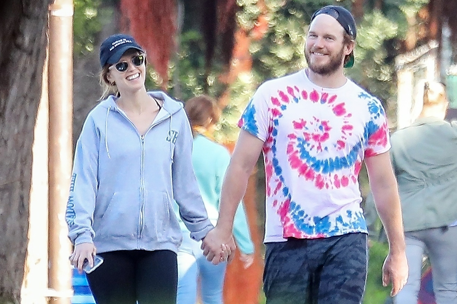 Chris Pratt and Katherine Schwarzenegger take a Romantic Sunset Stroll