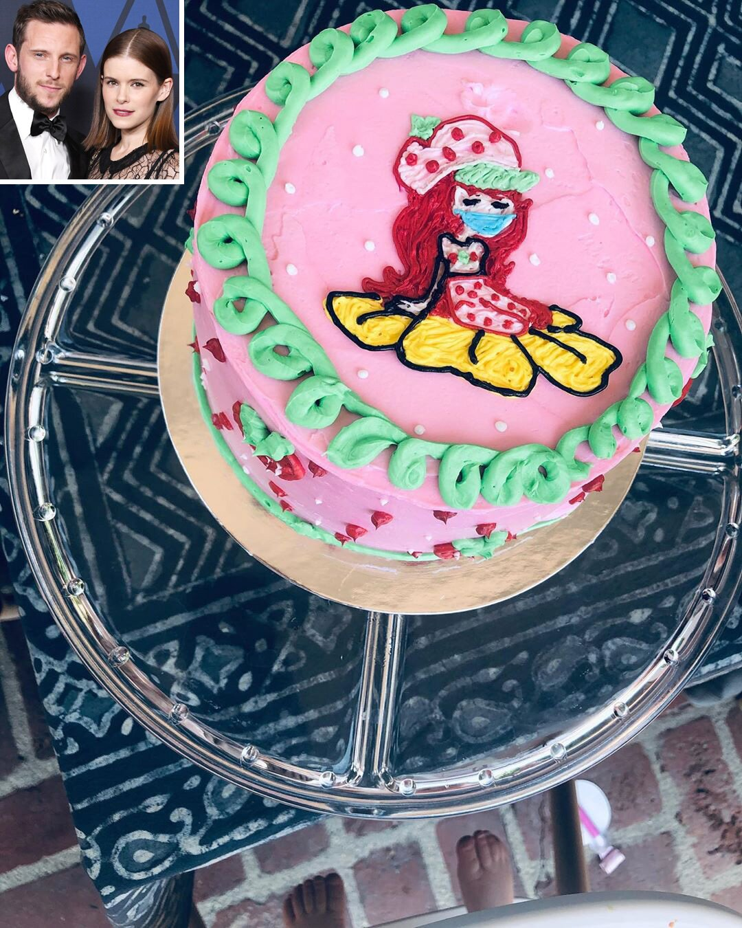 Cool Kate Mara Shows Off Daughters Vegan First Birthday Cake Funny Birthday Cards Online Inifodamsfinfo