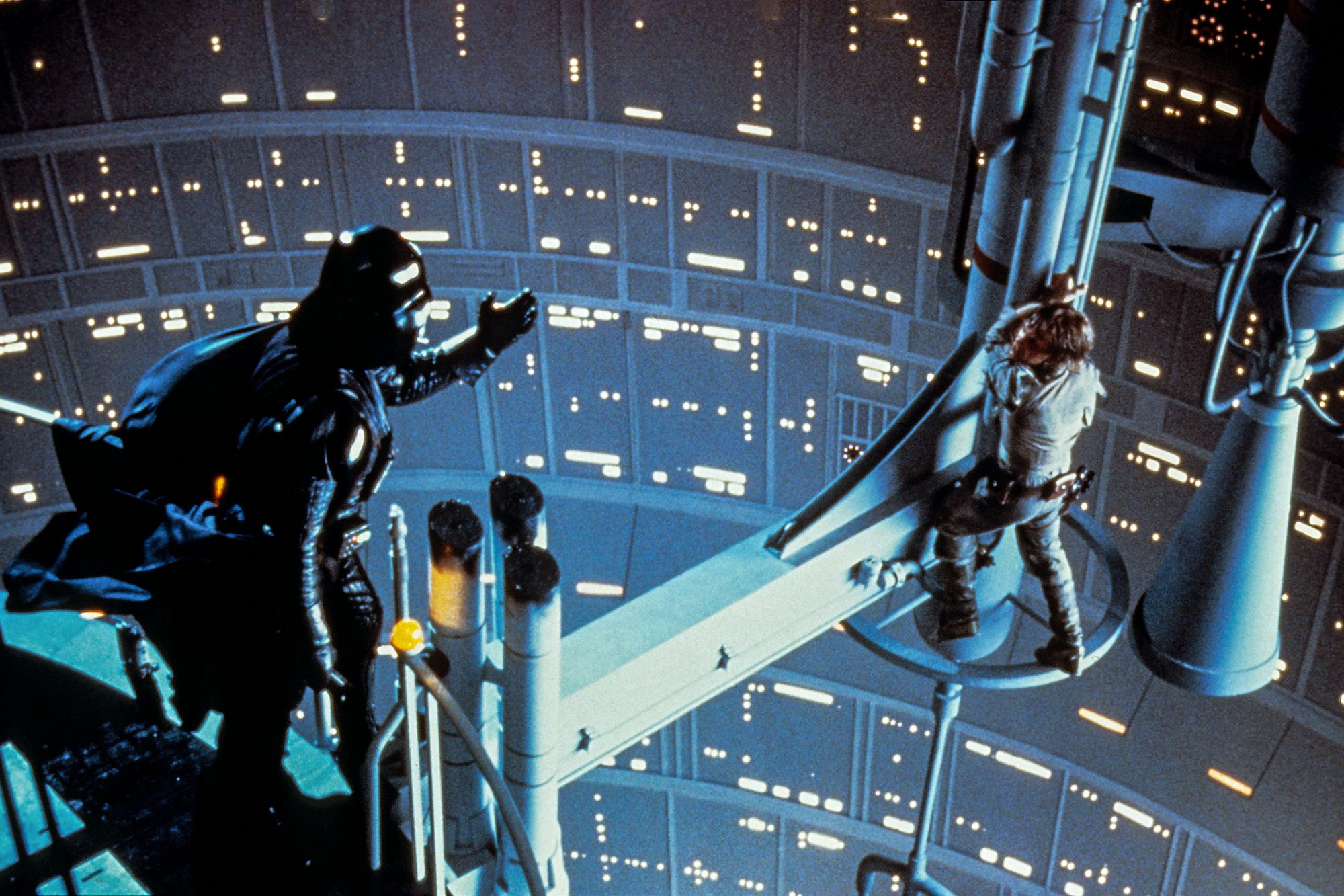STAR WARS: EPISODE V - THE EMPIRE STRIKES BACK, from left, David Prowse, Mark Hamill, 1980