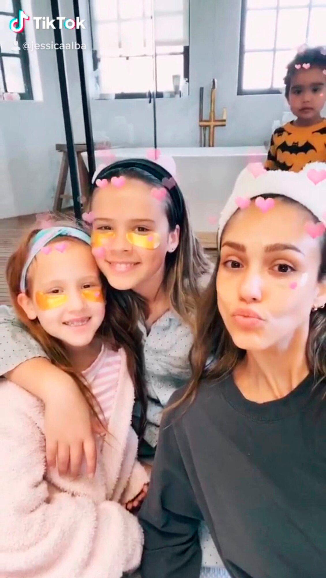 Jessica Alba Says She Joined Tiktok To Bond With Her Kids People Com