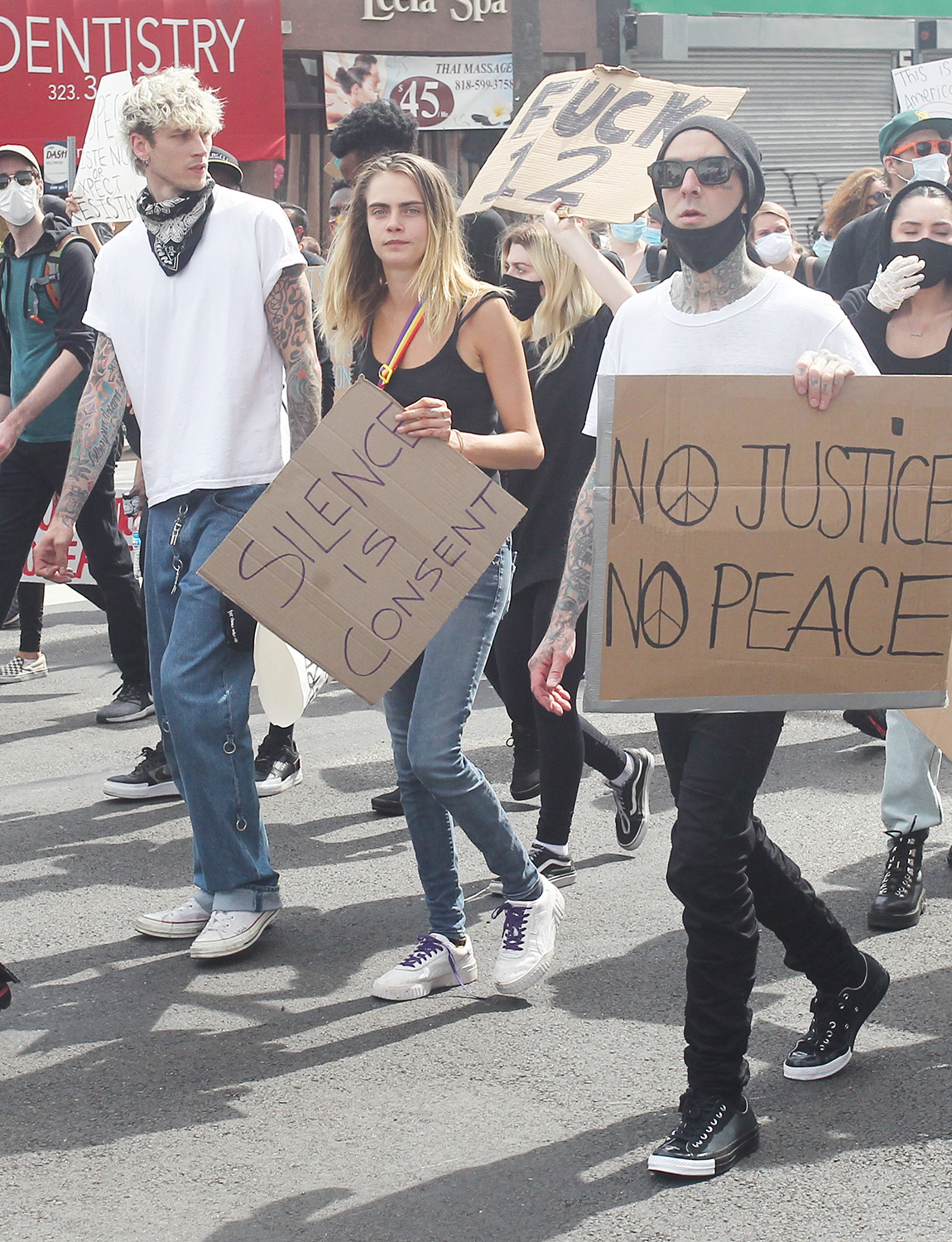 Cara Delevingne Joins Travis Barker And Machine Gun Kelly At A George Floyd Protest In Hollywood