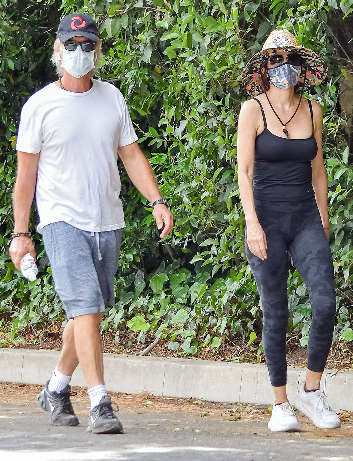 Lisa Rinna and Harry Hamlin out and about, Los Angeles, USA - 02 Jun 2020