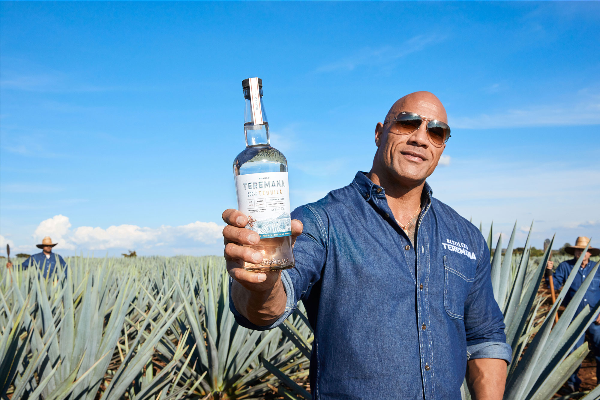 teremana-dwayne-johnson-tequila-fathers-day-gift-guide
