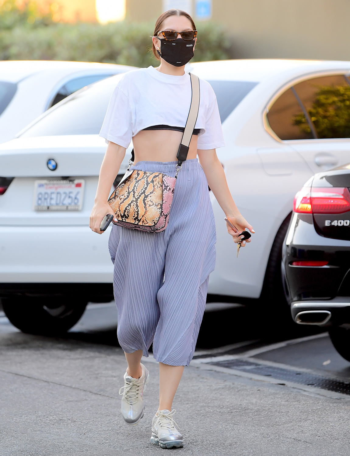 Jessie J Flashes Her Abs In A Crop Top As She Heads To Dinner In Santa Monica