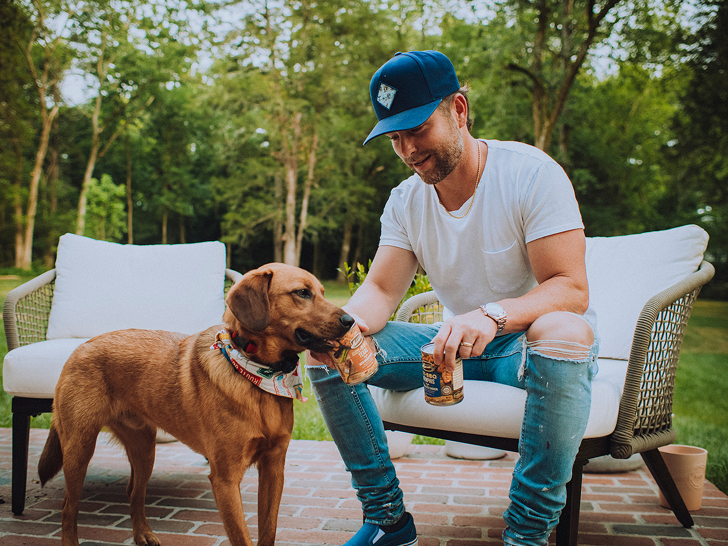 Chris Lane dog BBQ event