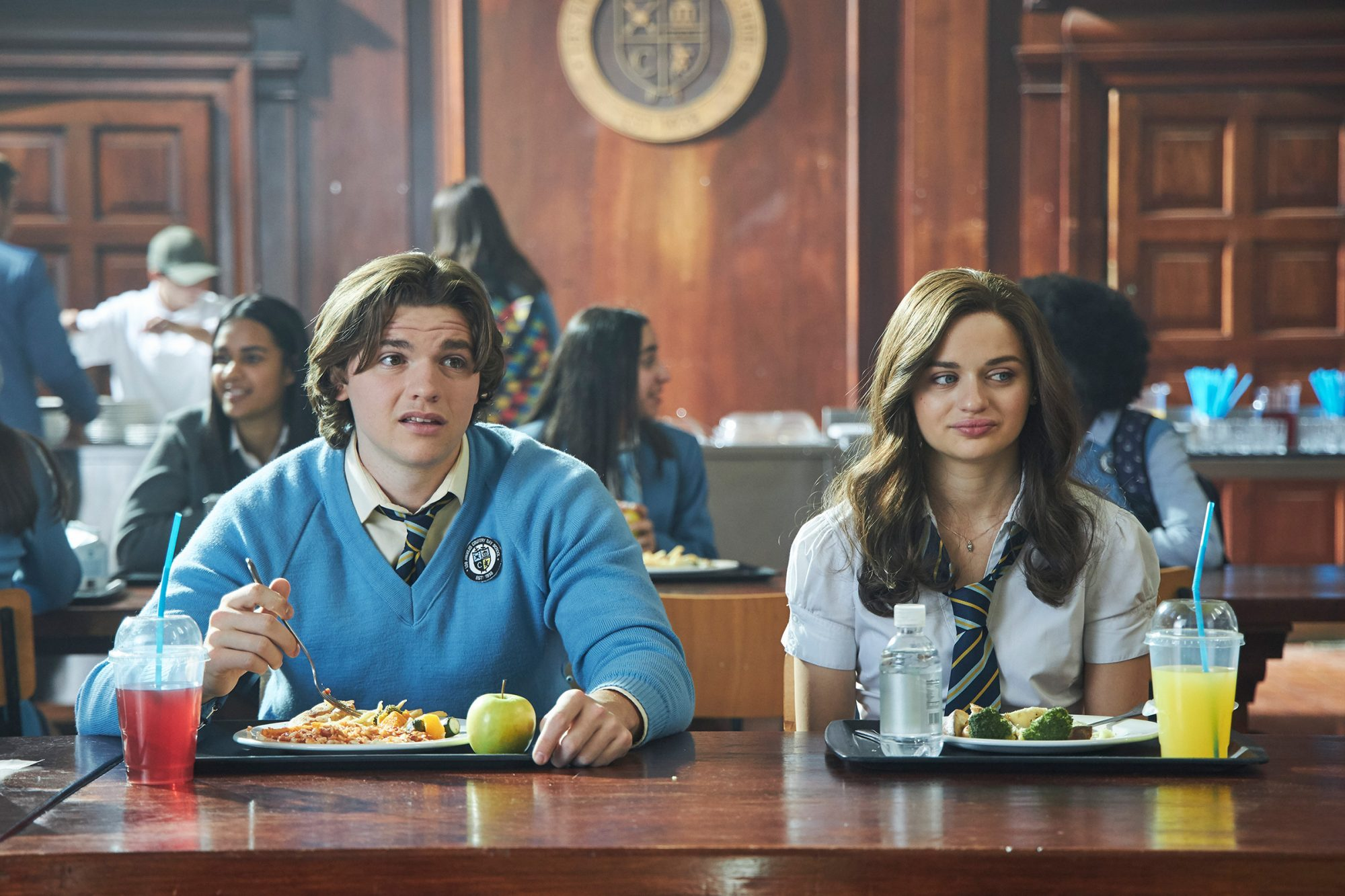 """Joey King (""""Shelly 'Elle' Evans""""), Joel Courtney (""""Lee Flynn"""") The Kissing Booth 2"""