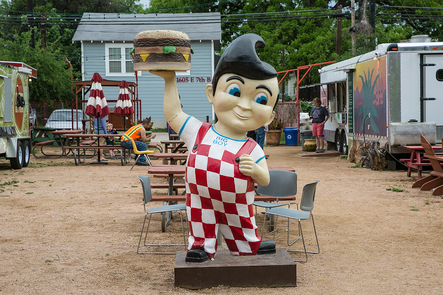 Big Boy burger mascot
