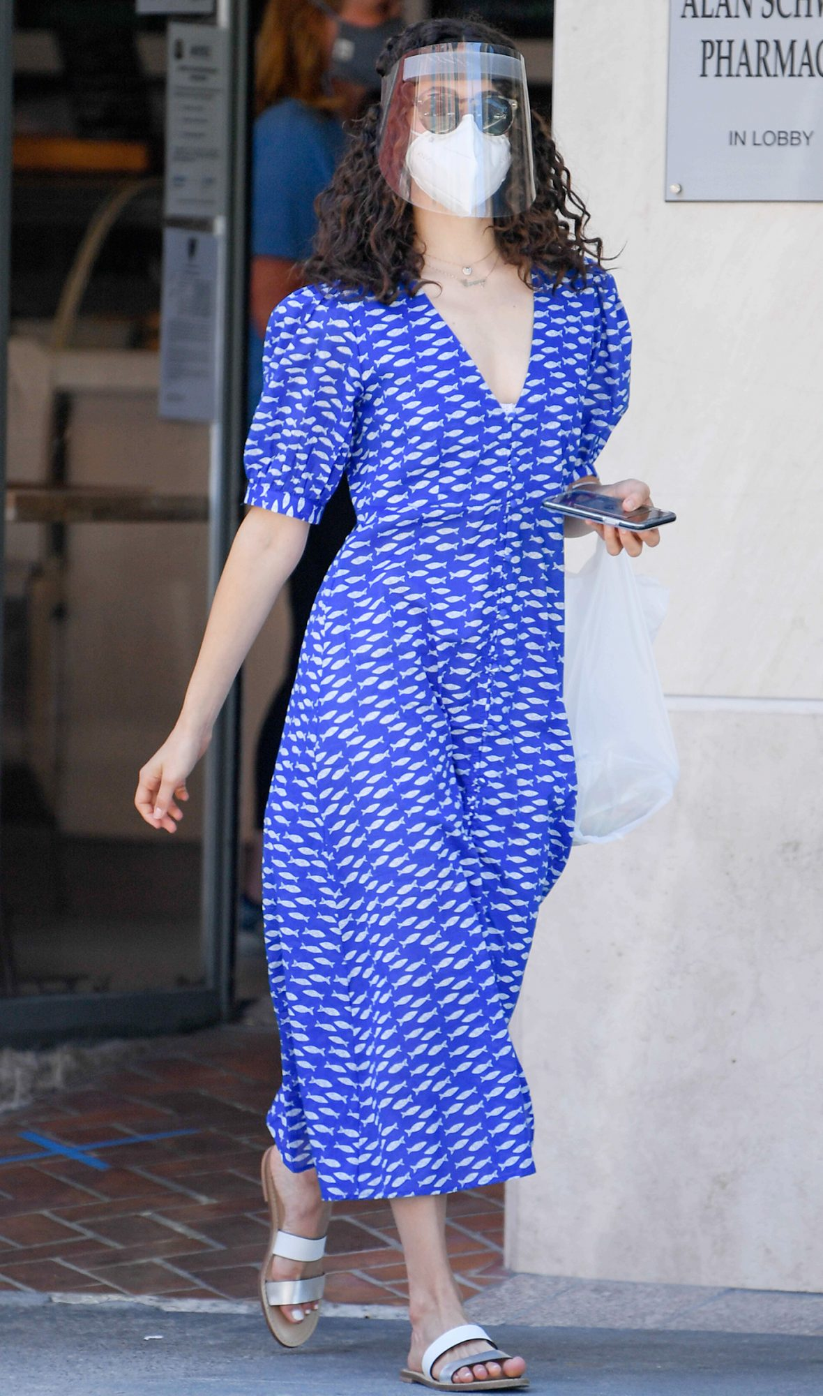 Emmy Rossum Picks Up Takeout Lunch at Nate 'n Al's Deli in Beverly Hills