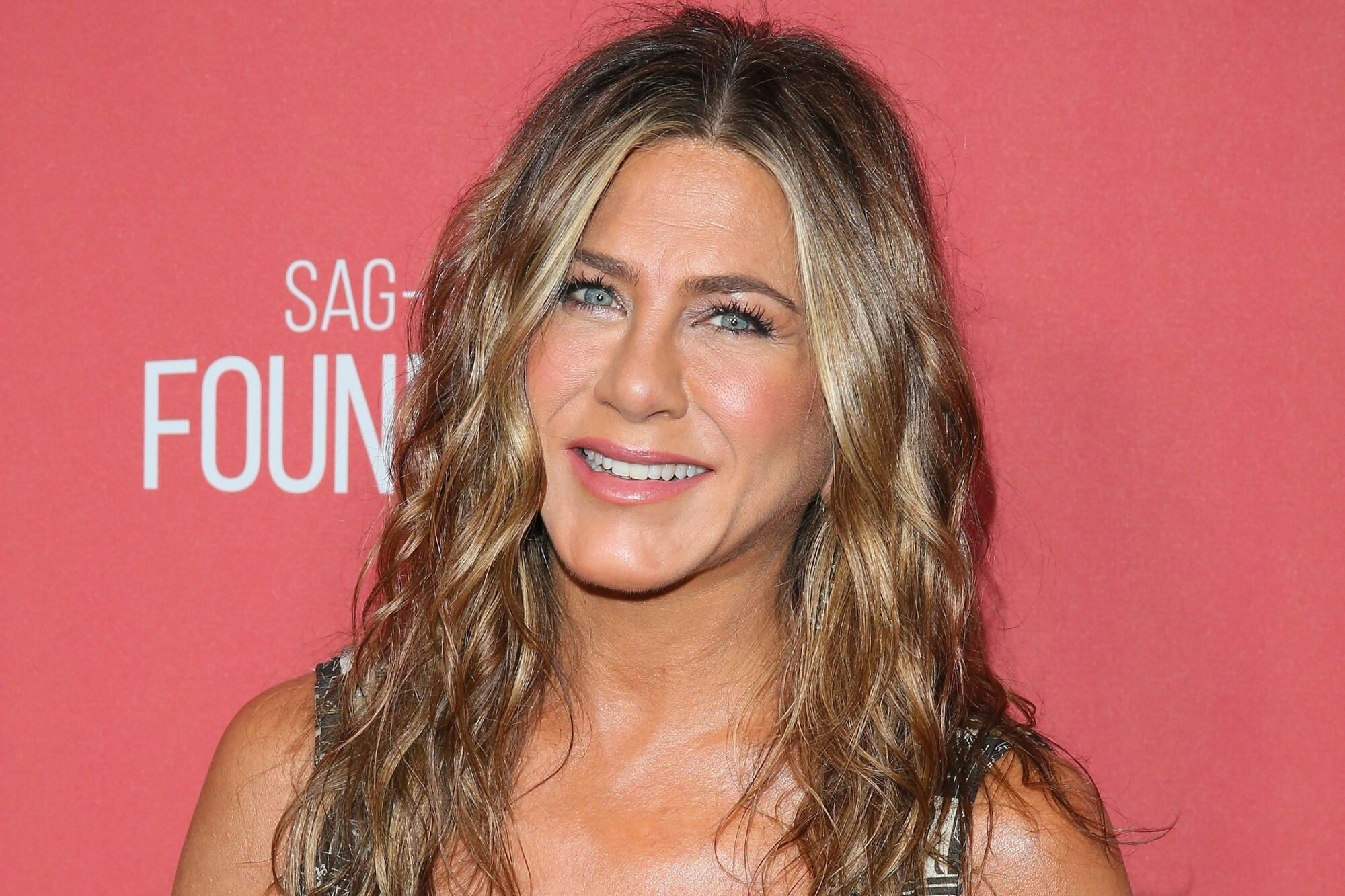 Aniston jennifer old how is