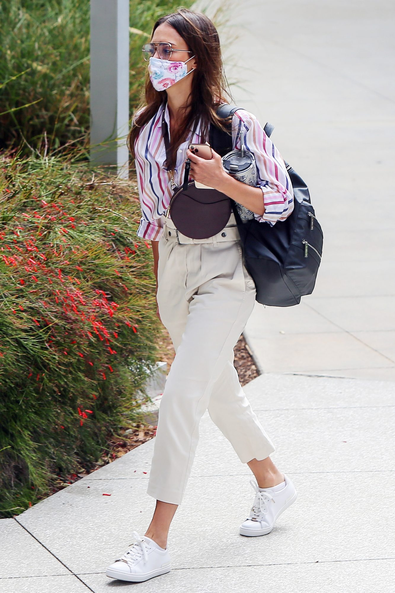 Jessica Alba is Spotted Heading to Work at The Honest Company in Los Angeles