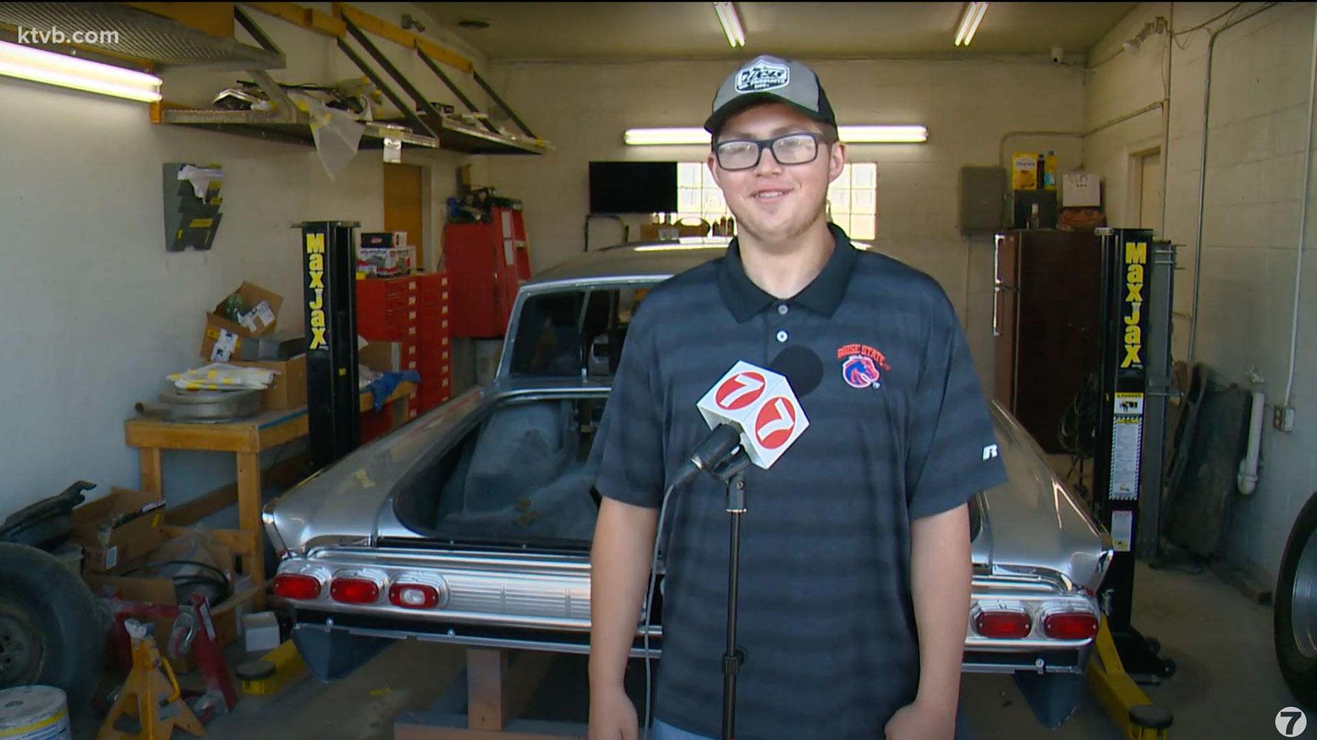 Volunteers Restore 15-Year-Old Boy's Classic Car After He's Diagnosed with Brain Tumor