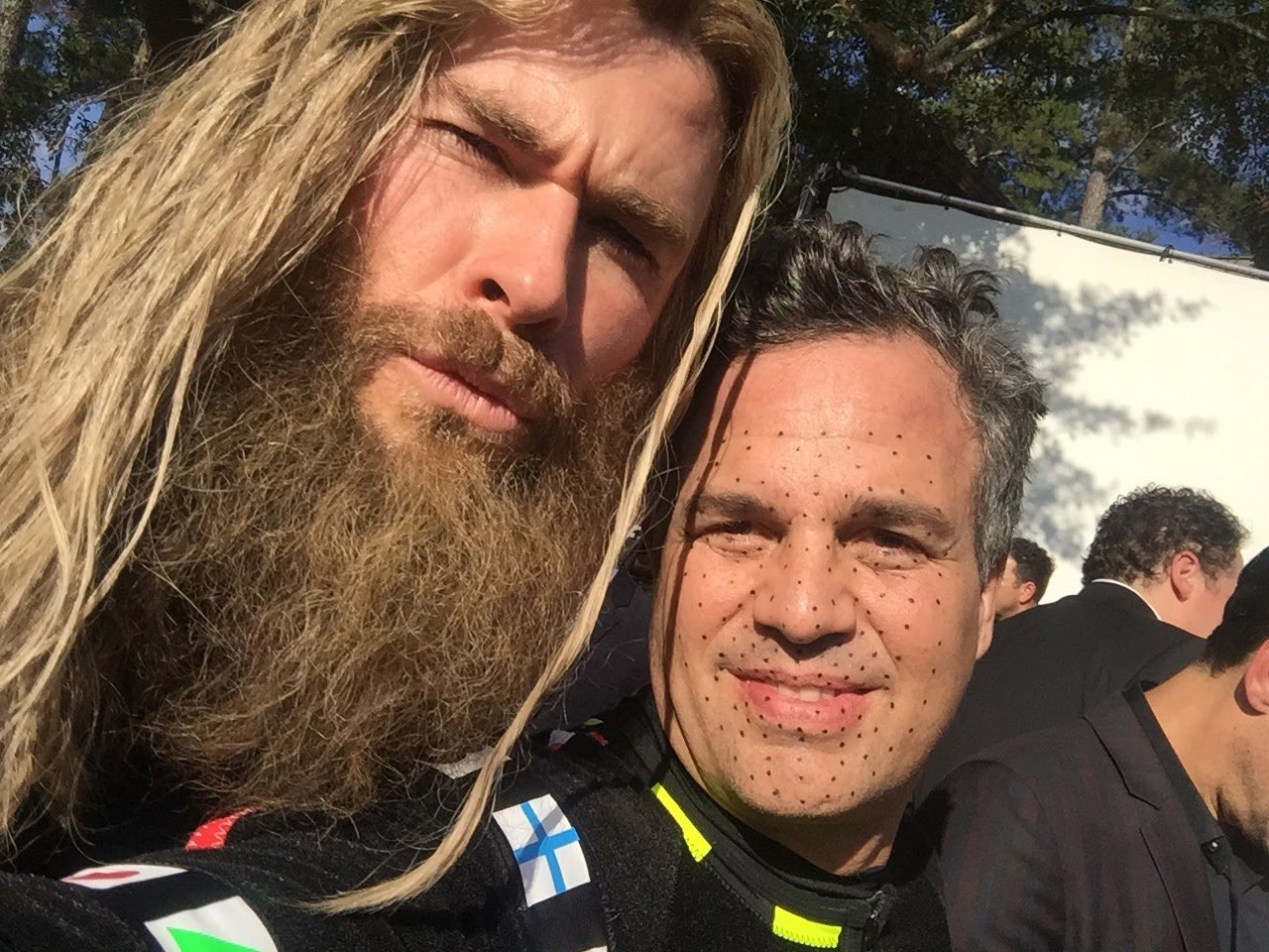 Mark Ruffalo wishes fellow Avenger Chris Hemsworth a happy birthday with behind the scenes photos