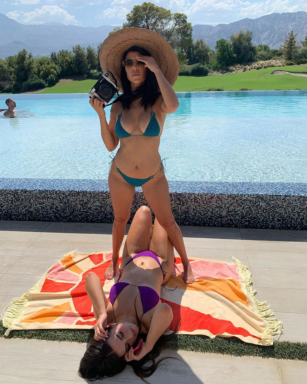 Kourtney Kardashian, Addison Rae