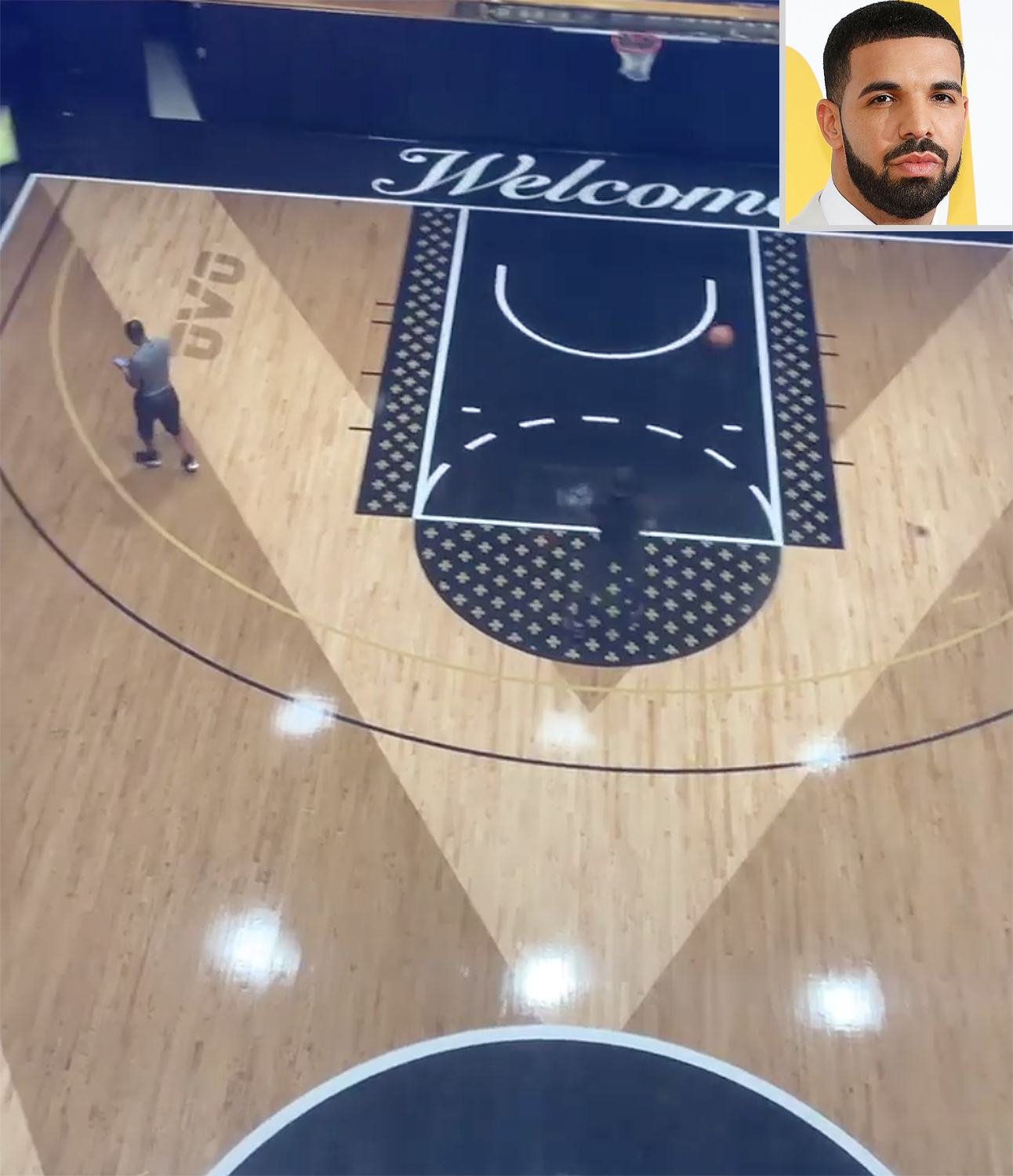 DRAKE'S BASKETBALL COURT