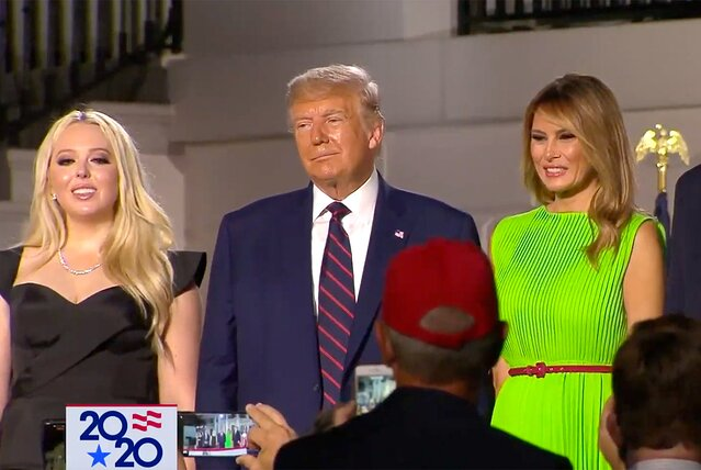 The Serious Side - part 8 - Page 17 Image?url=https%3A%2F%2Fstatic.onecms.io%2Fwp-content%2Fuploads%2Fsites%2F20%2F2020%2F08%2F28%2Ftiffany-trump-donald