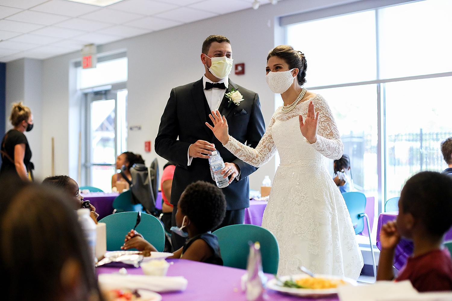 couple donates wedding dinner