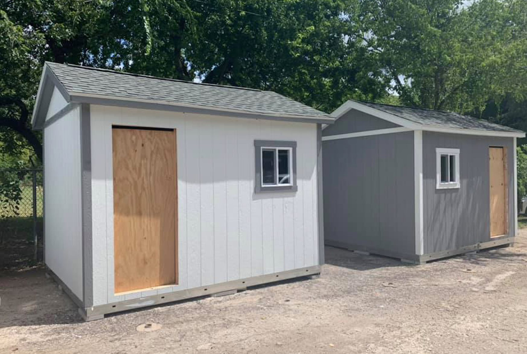 Texas animal shelter is using tiny homes instead of kennels to house dogs in need