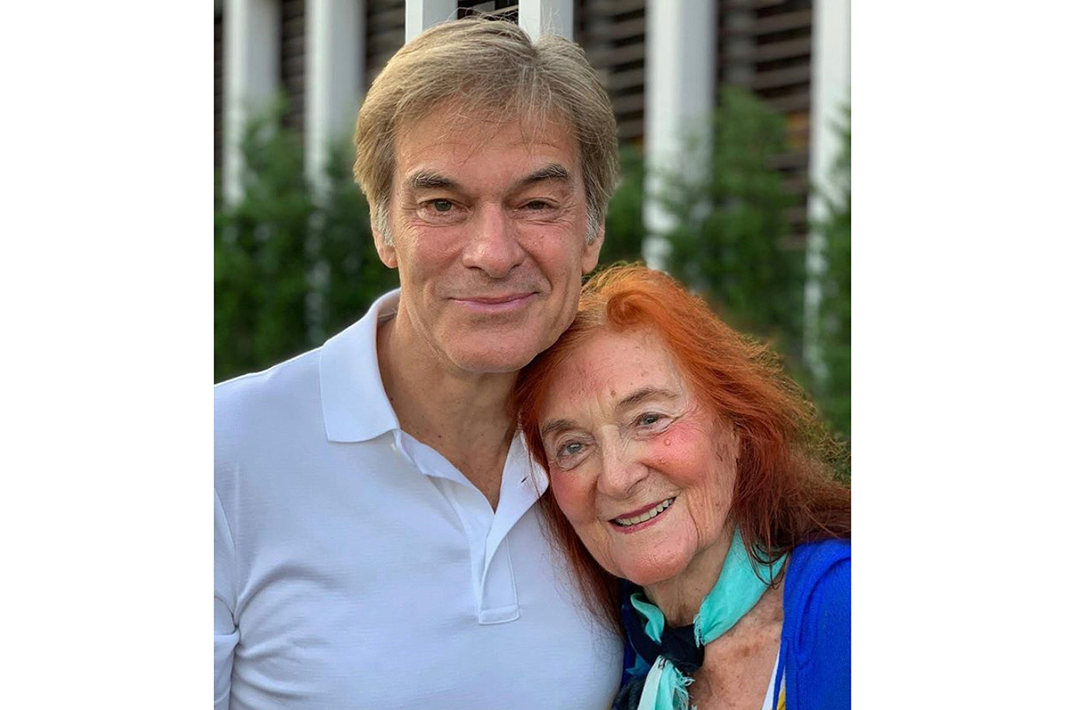 Dr. Oz and his mother, Suna