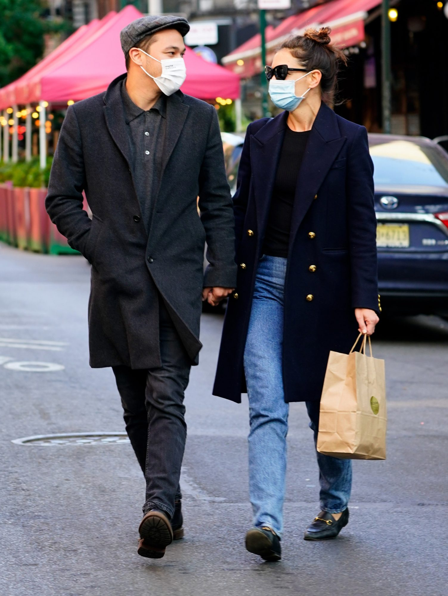 Katie Holmes (R) and Emilio Vitolo Jr. are seen on September 22, 2020 in New York City