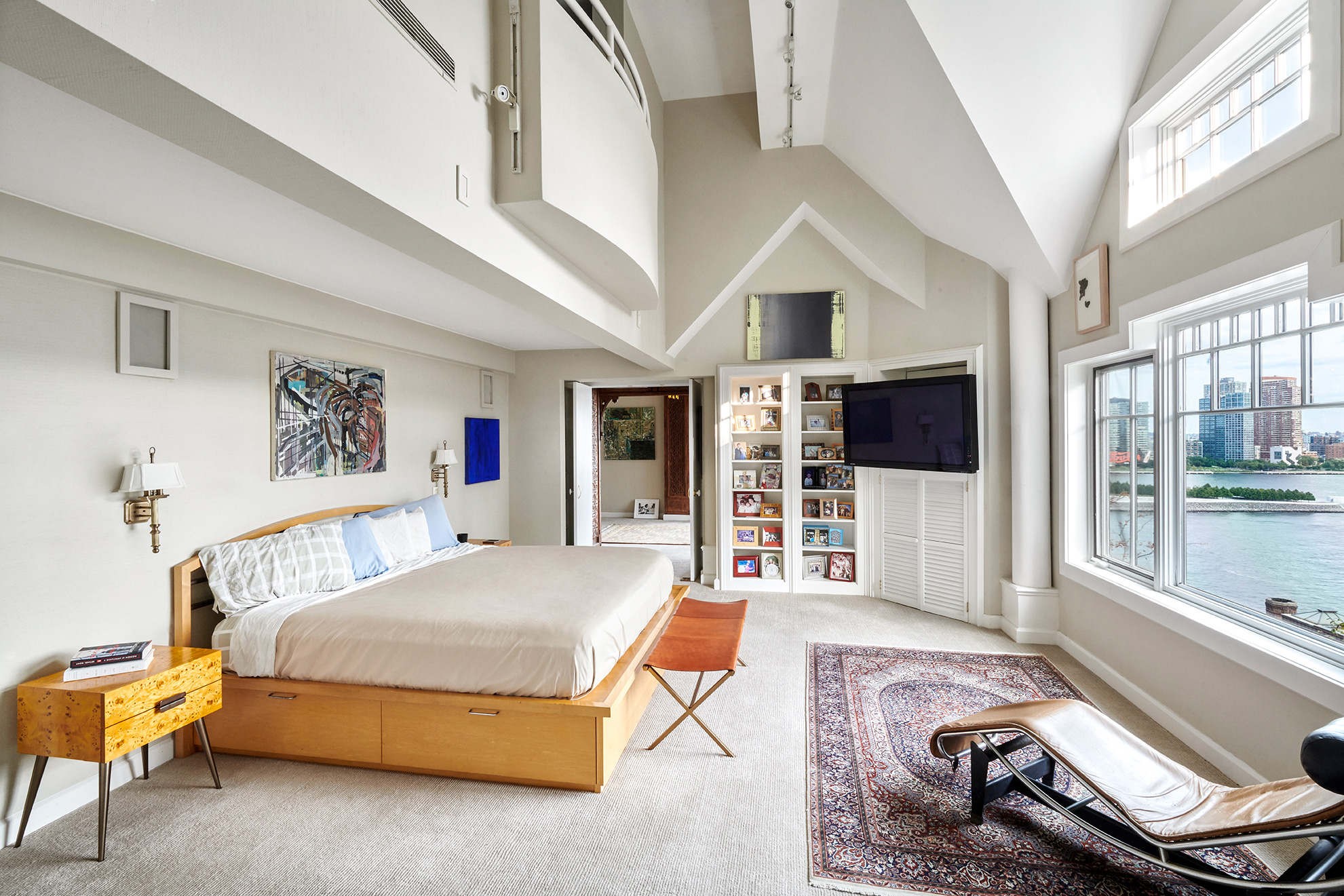 John Lennon S Nyc Penthouse Is For Sale For 5 5m People Com
