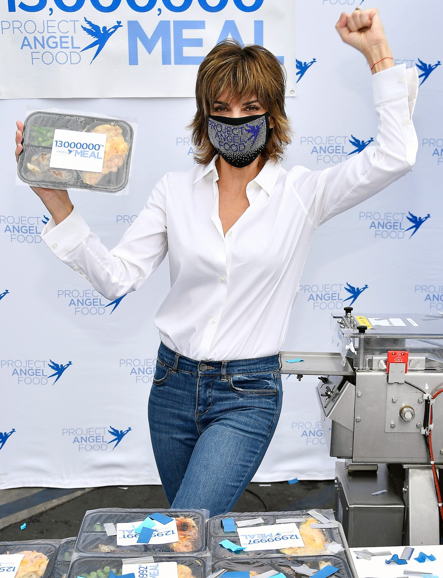 Lisa Rinna Presents Project Angel Food's 13 Millionth Meal