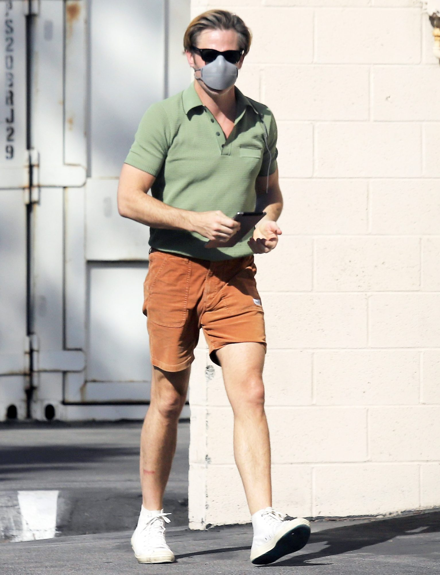 Chris Pine Heads to the Studio in Los Angeles.