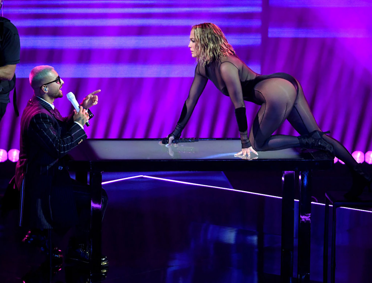 Jennifer Lopez and Maluma Give Steamy Performance of 'Pa' Ti' and 'Lonely' at 2020 AMAs