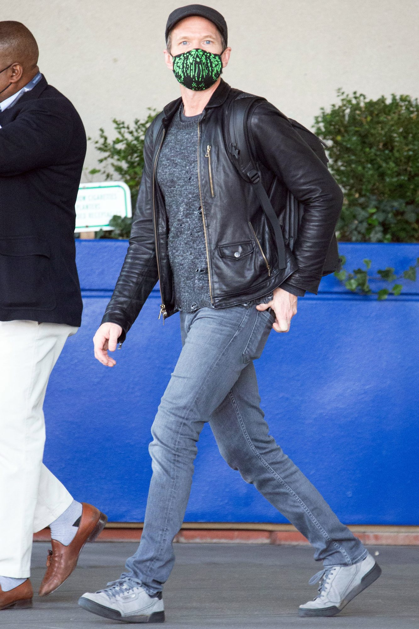 Neil Patrick Harris is Spotted Arriving Home in New York City Ahead of the Thanksgiving Holiday.