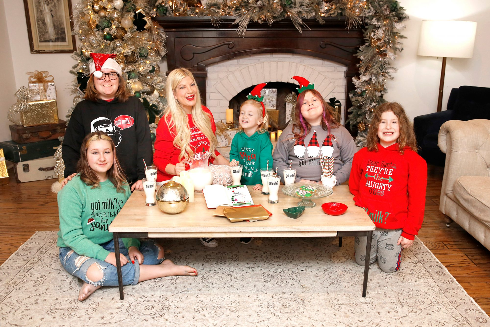 Tori Spelling keeps the magic of the holidays alive with 'got milk?' and Santa's Journal