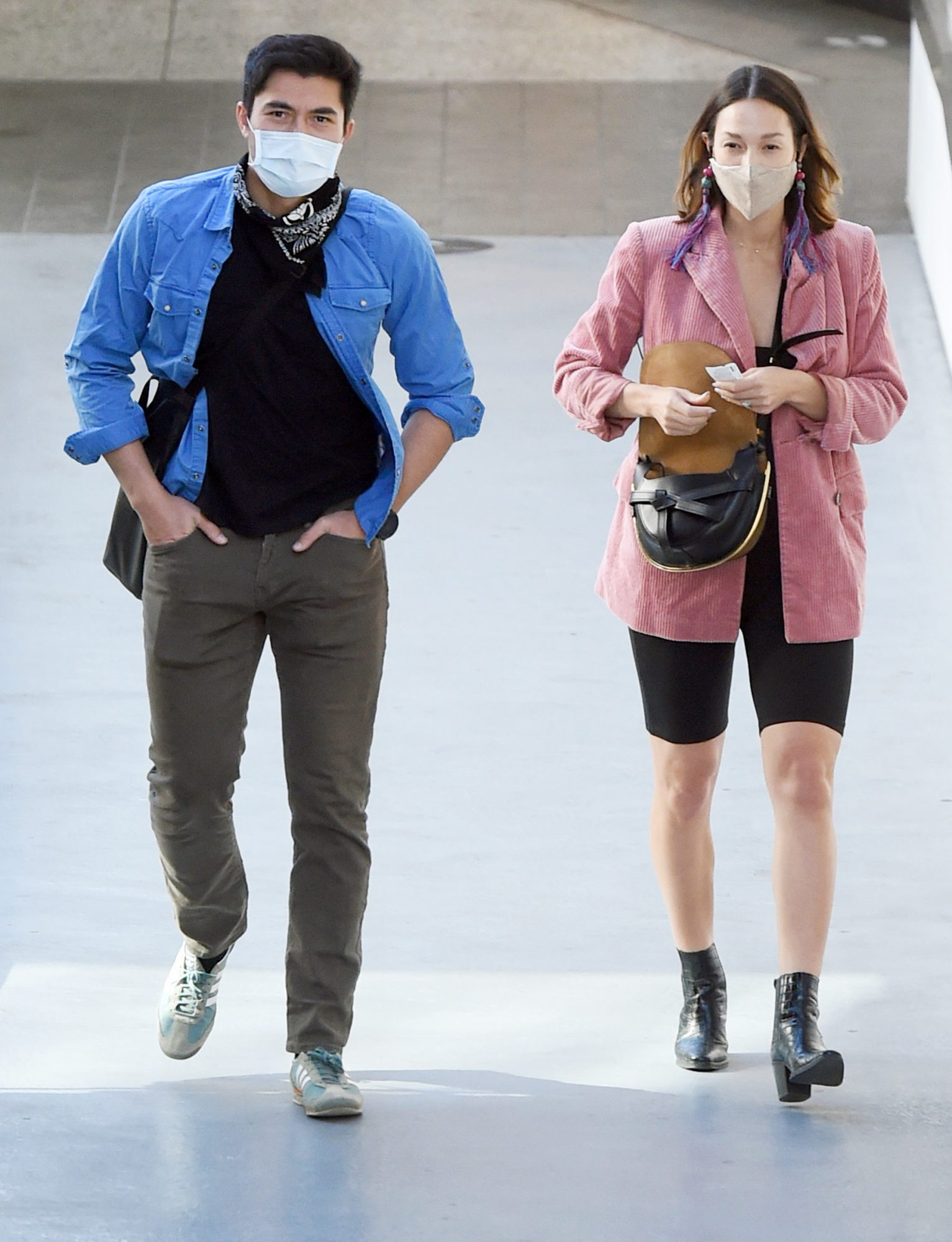 Henry Golding and Liv Lo do Some Holiday Shopping at the Westfield Mall in Los Angeles, California.