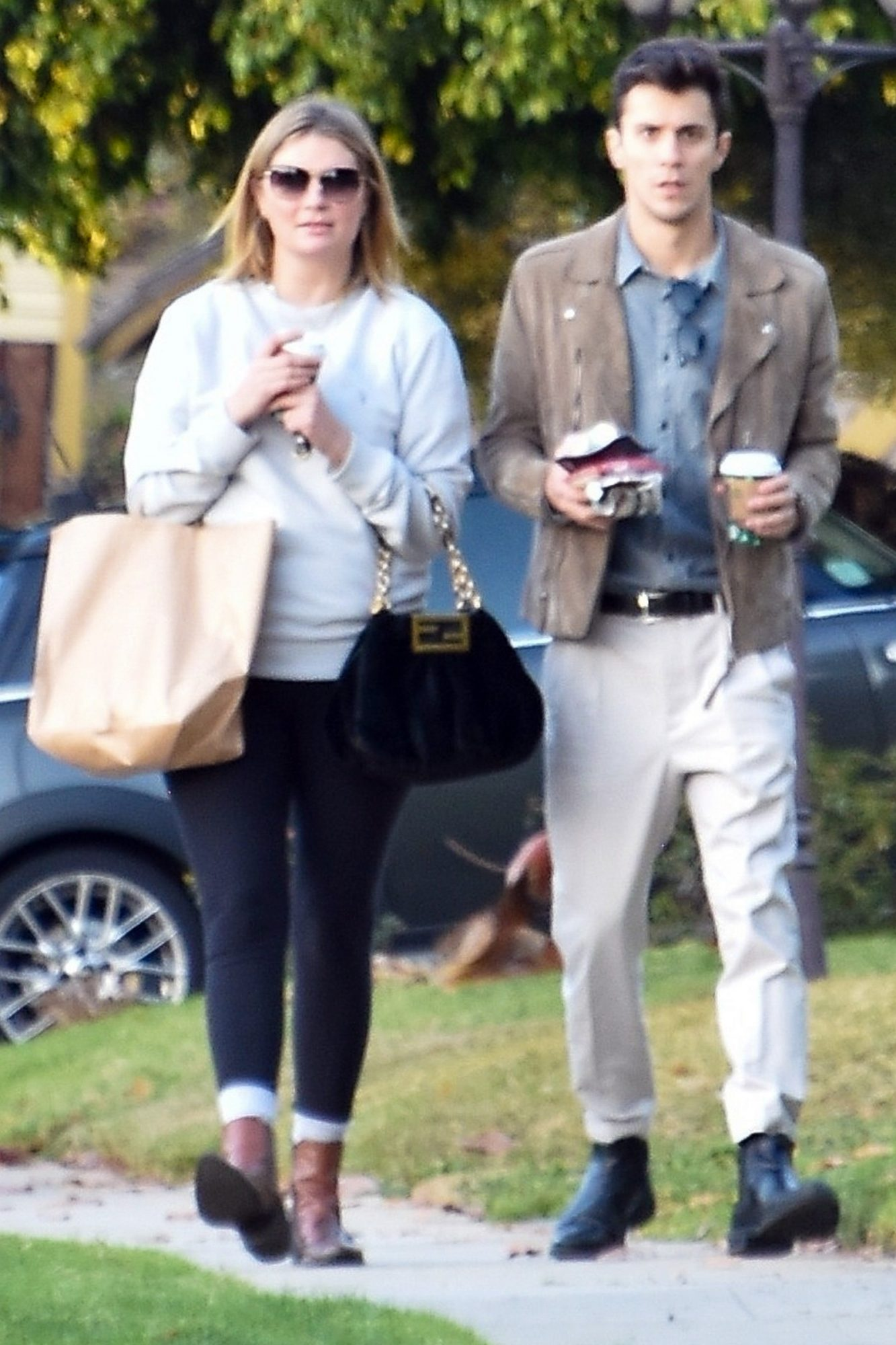Mischa Barton returns home from a coffee run and errands with boyfriend Gian Marco Flamini