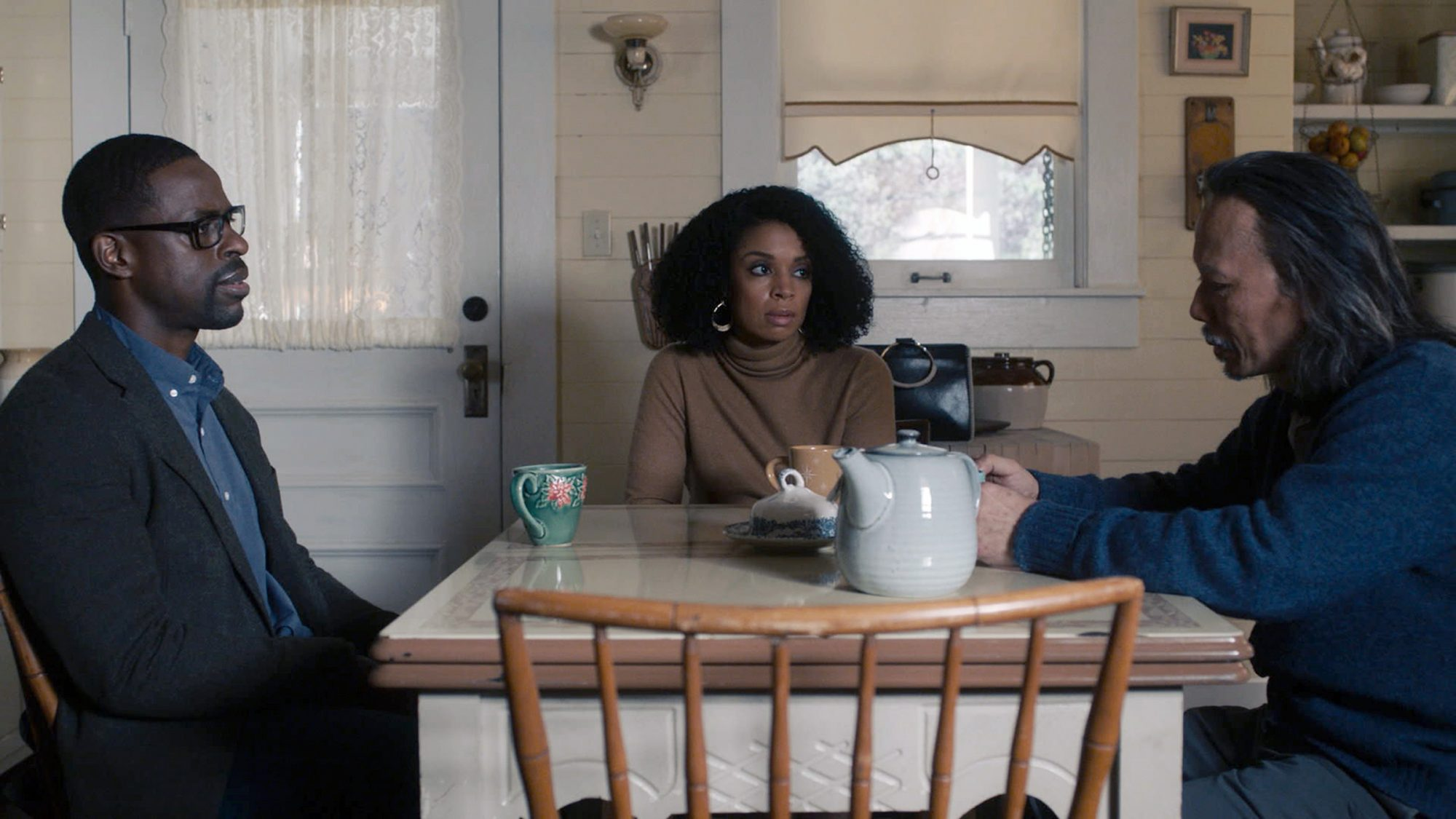 "THIS IS US -- ""Birth Mother"" Episode 506 -- Pictured in this screen grab: (l-r) Sterling K. Brown as Randall, Susan Kelechi Watson as Beth, Vien Hong as Hai Lang"