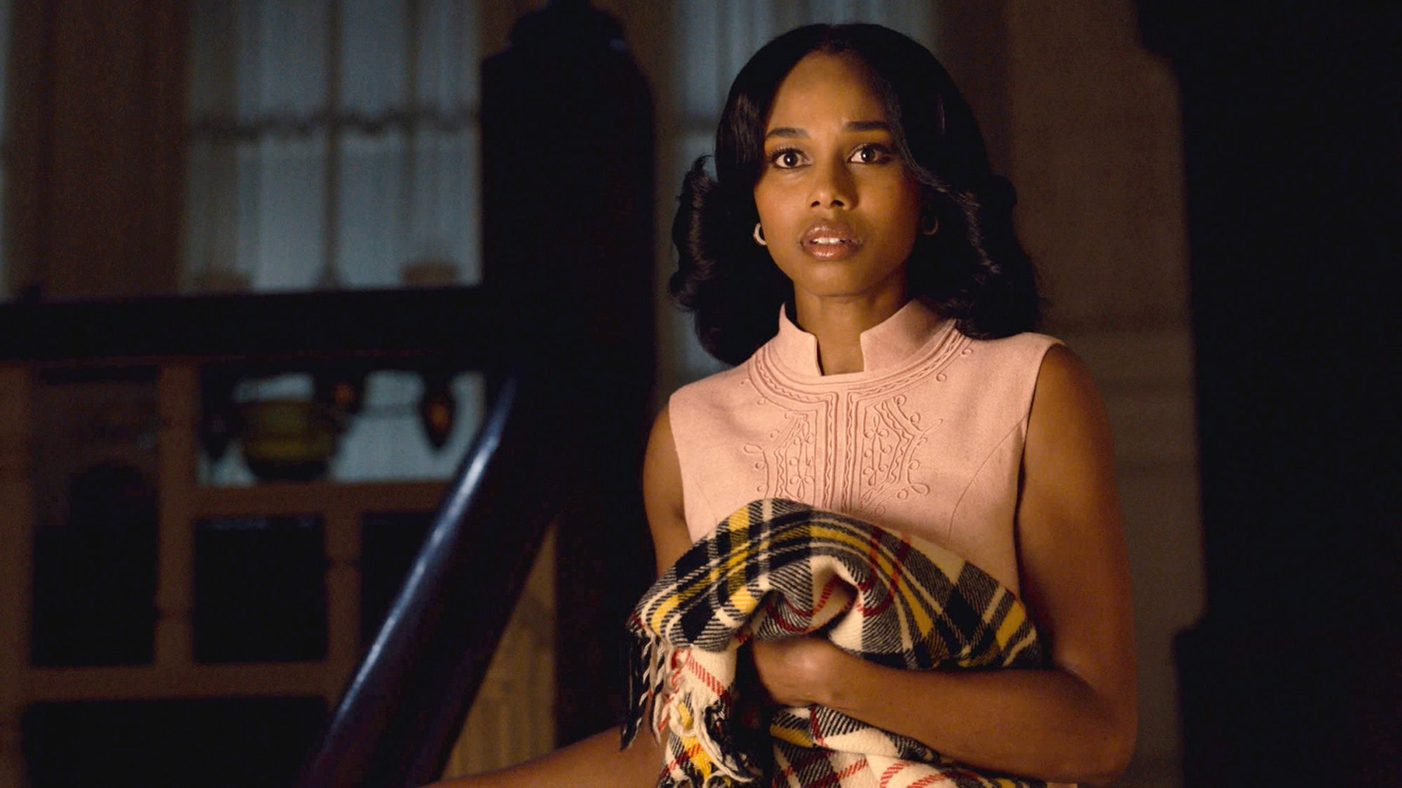 """THIS IS US -- """"Birth Mother"""" Episode 506 -- Pictured in this screen grab: Jennifer C. Holmes as Laurel"""