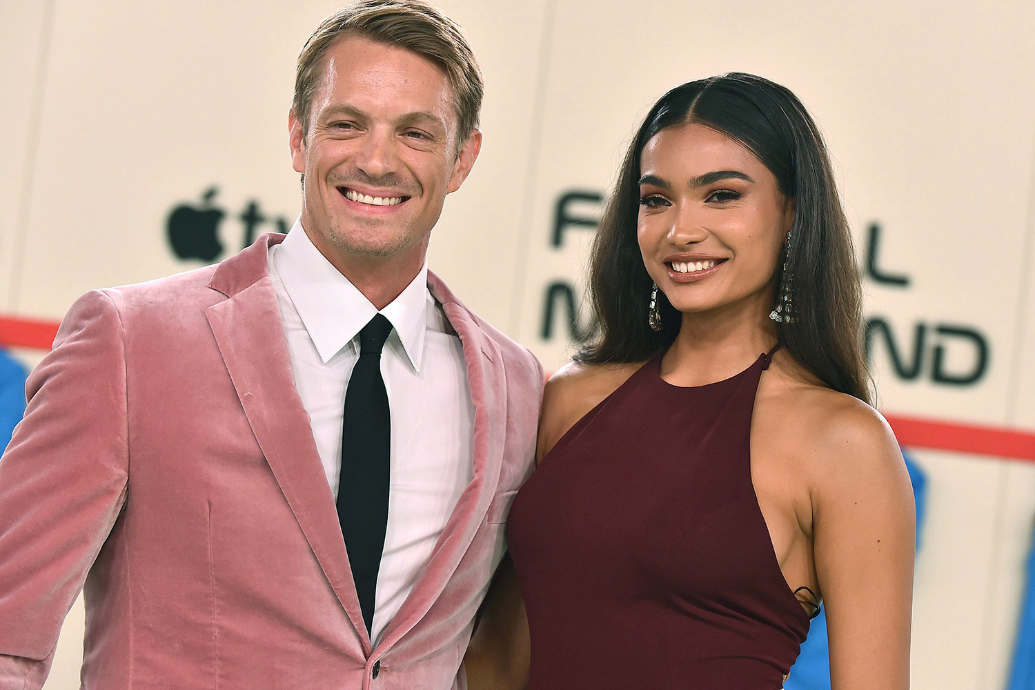 Joel Kinnaman and Kelly Gale