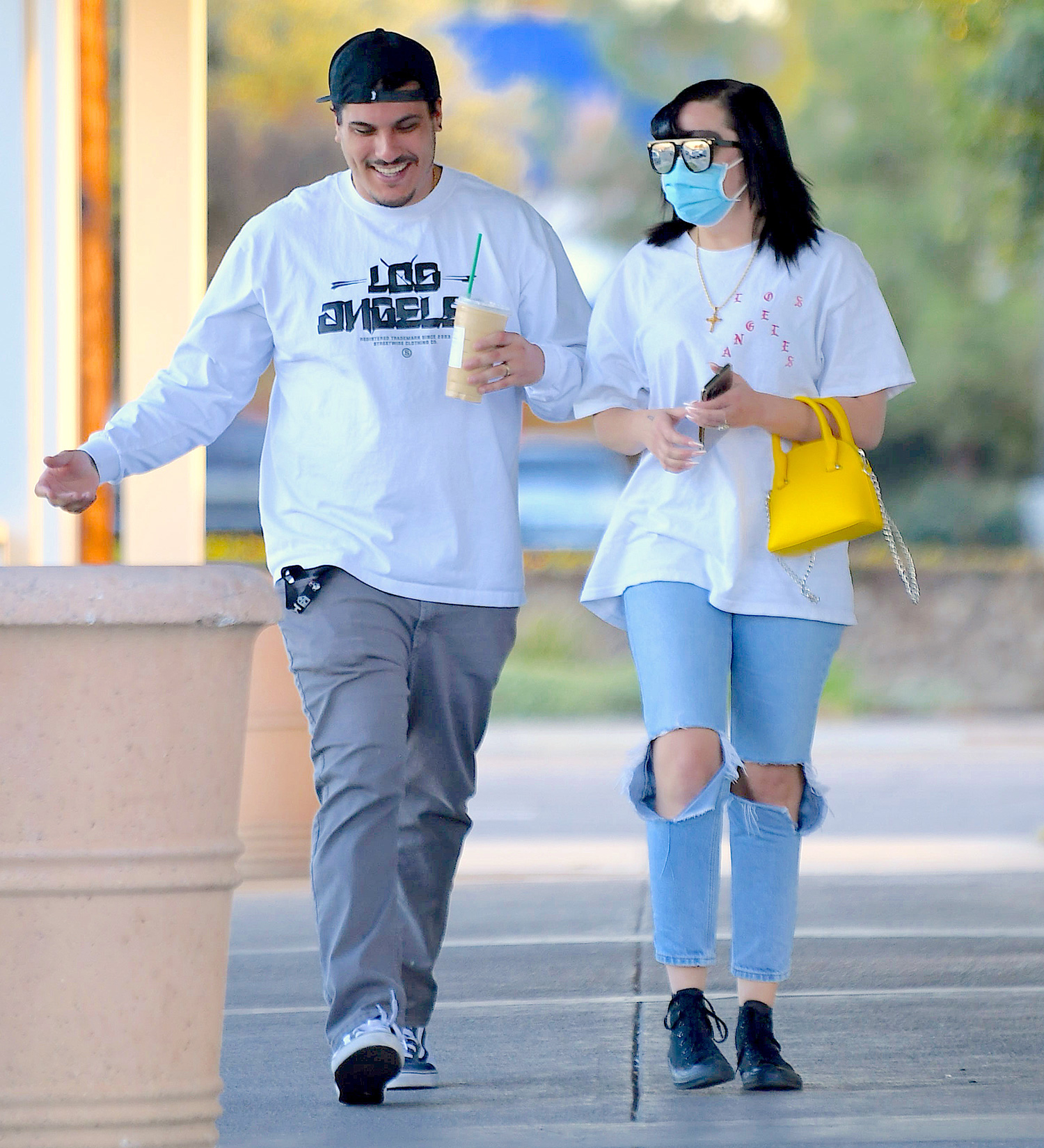 "Amanda Bynes Twins With Fiancé, Paul Michael, In First Outing Since Announcing Her Debut Rap Song ""Diamonds"""