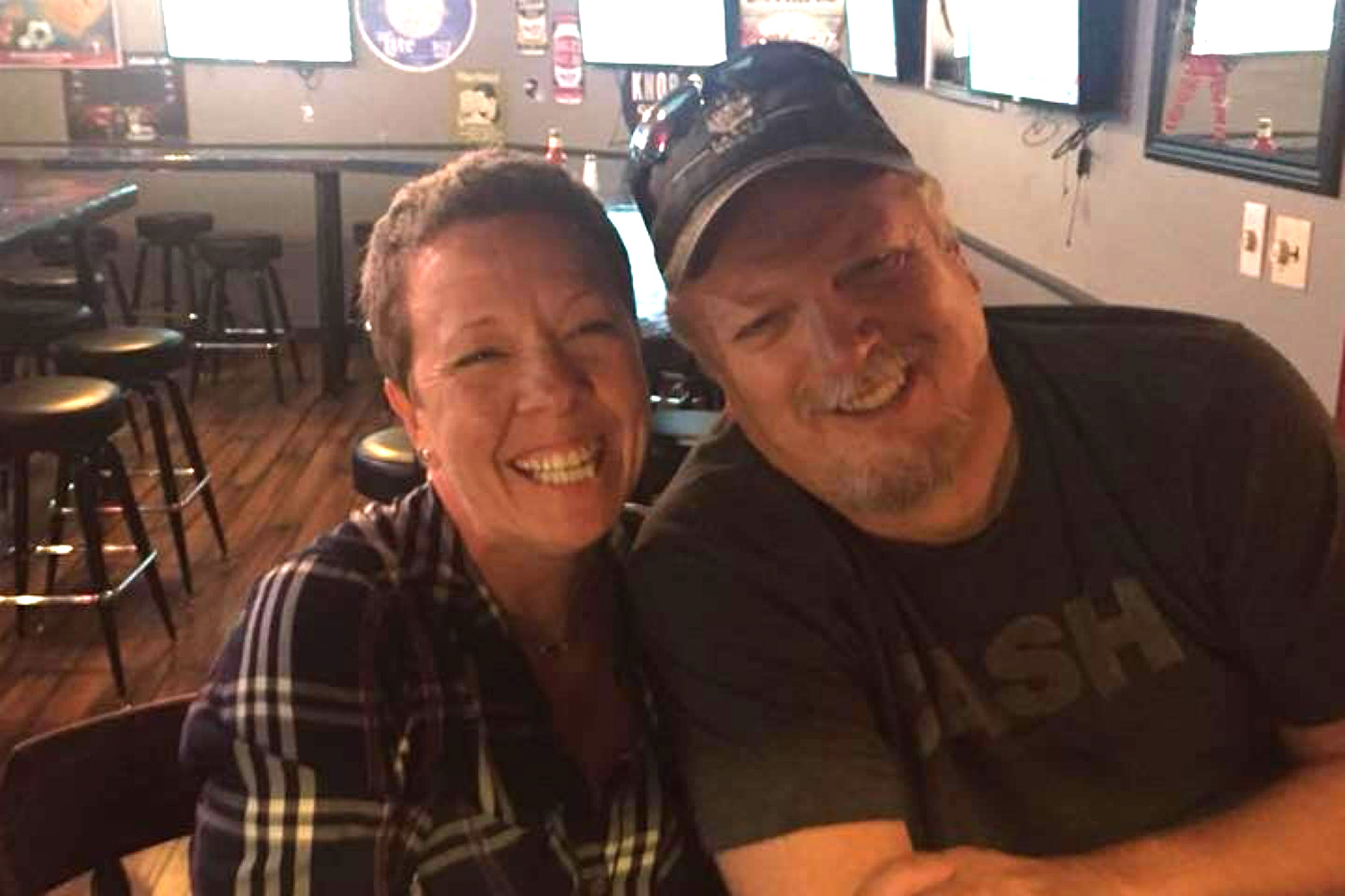 Texas Bartender Praised as Hero After Helping Customer Who Was Having a Heart Attack