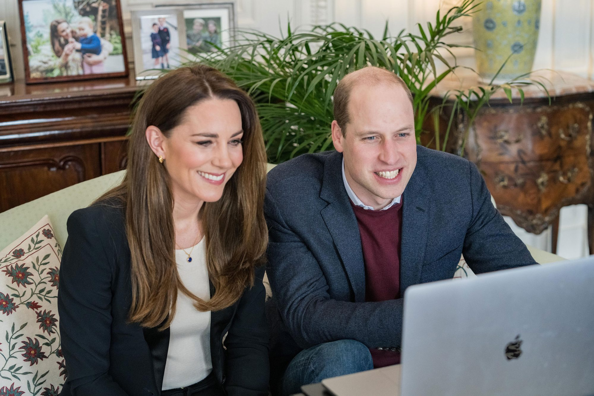 Kate Middleton and Prince William call nurses at Ulster University