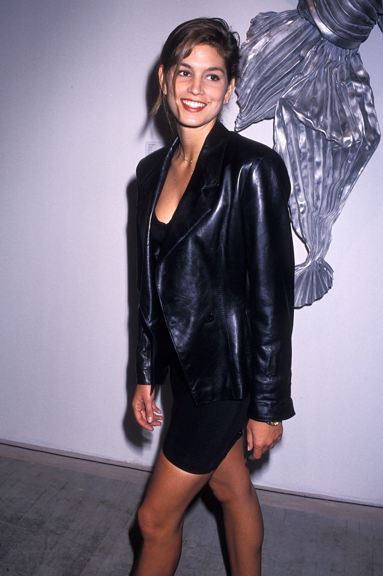 """Model Cindy Crawford attends the """"Art Pro Choice"""" Cocktail Party and Auction to Benefit the National Abortion League on March 13, 1990 at the Brandt Building in New York City"""