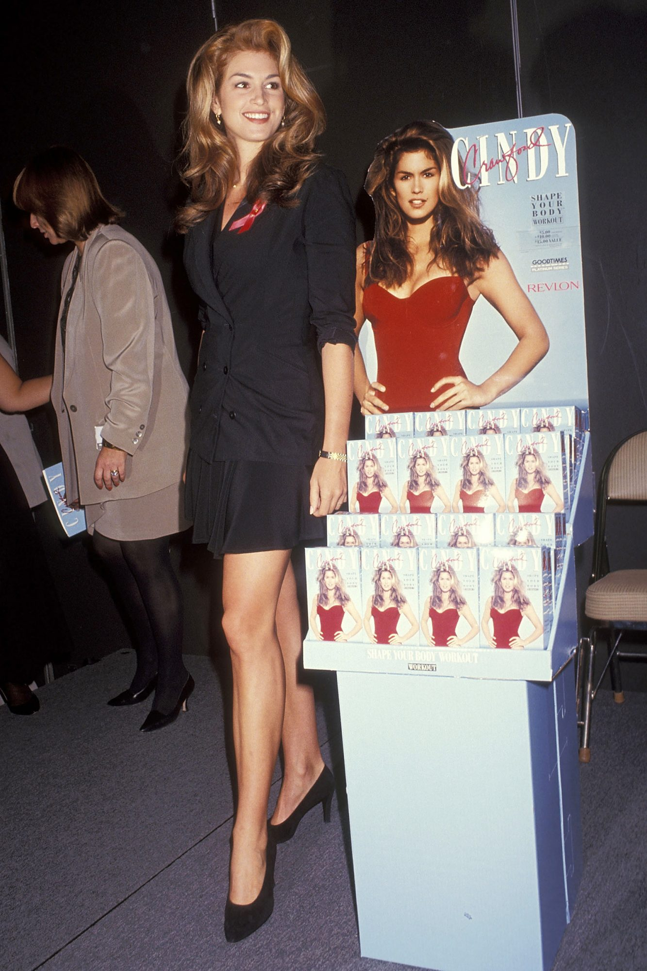 Cindy Crawford attends the 11th Annual Video Software Dealers Association (VSDA) Convention on July 26, 1992 at the Las Vegas Convention Center in Las Vegas, Nevada
