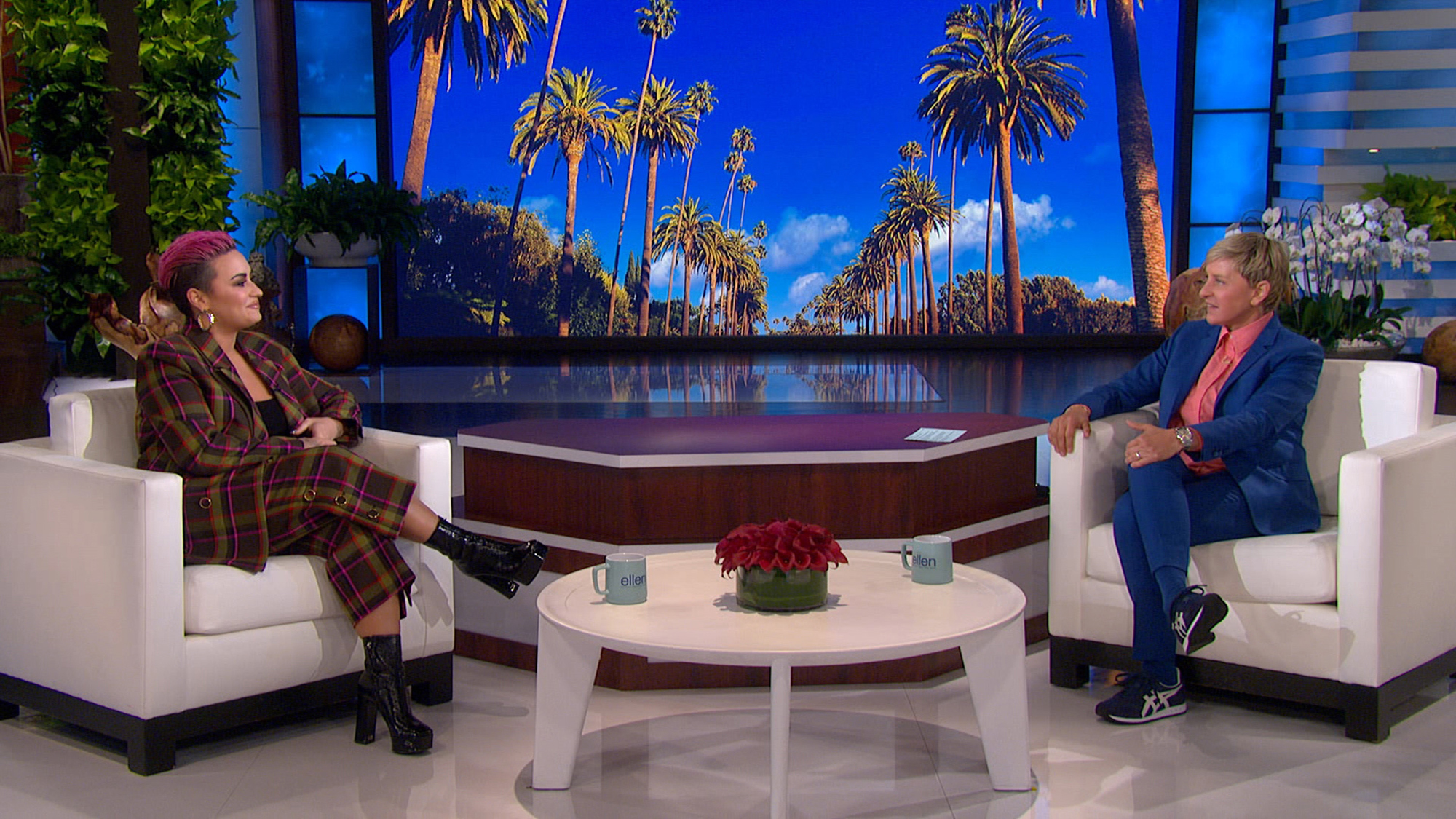 Demi Lovato makes an in-person appearance on The Ellen DeGeneres Show