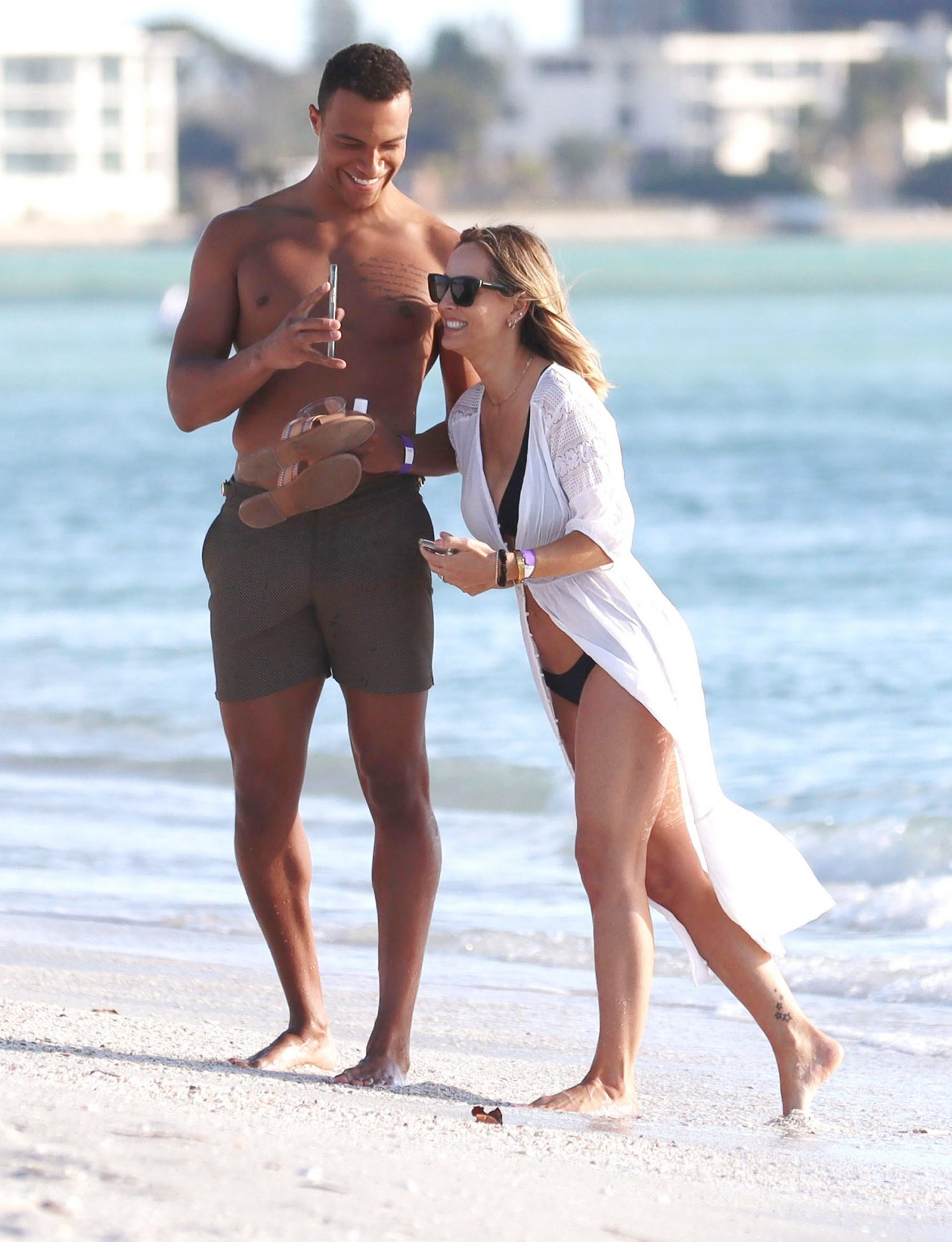 Bachelorette Clare Crawley and Dale Moss Enjoy A Flirty Beach Day In Florida