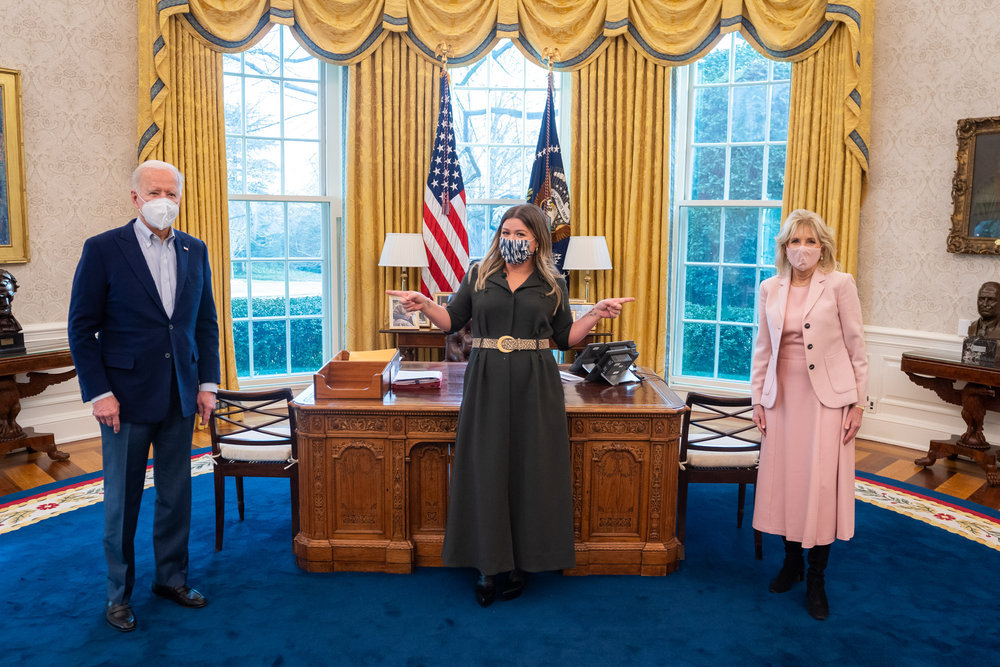 Joe and Jill biden and kelly clarkson